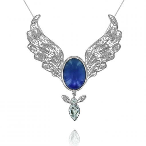 mary queen of Angels pendant